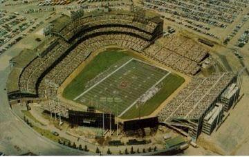 Metropolitan Stadium: Home of the Minnesota Vikings