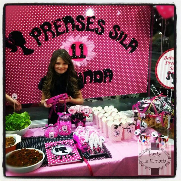 Barbie Fashion Party