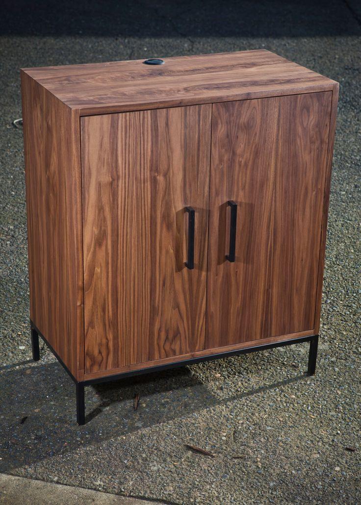Vintage Industrial Compressor Table by VintageIndustrial on Etsy https://www.etsy.com/listing/203726622/vintage-industrial-compressor-table