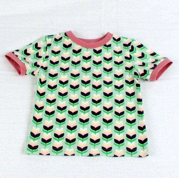 Bekijk dit items in mijn Etsy shop https://www.etsy.com/nl/listing/512617092/bloemen-t-shirt-kinderkleding