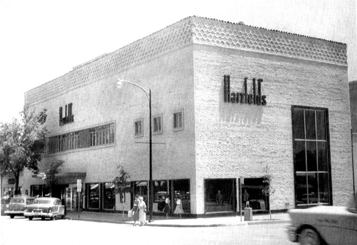 Kansas City Country Club Plaza Nichols Road and Pennsylvania 1954 Harzfelds department store -- Gosh, I LOVED this store!