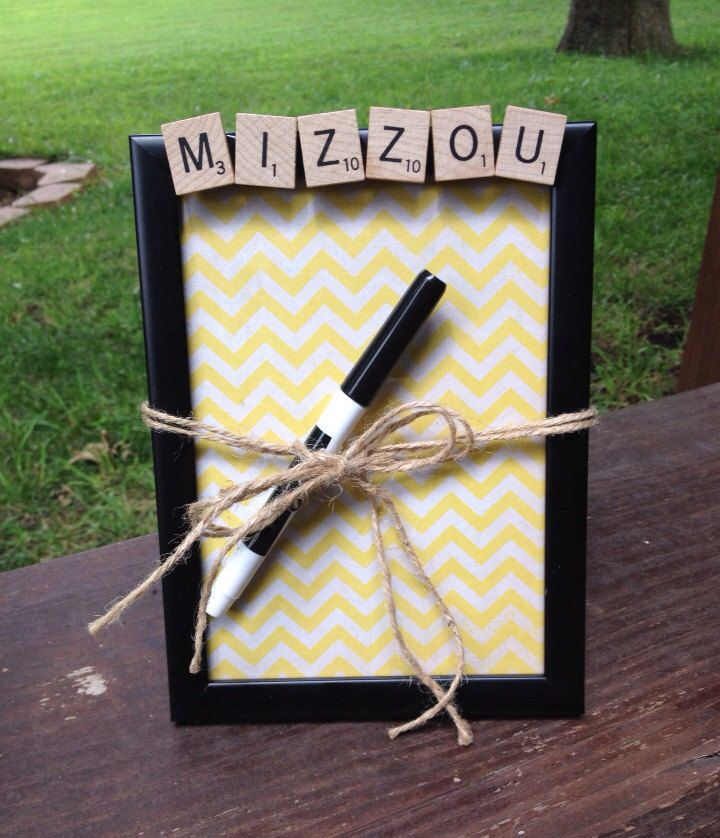 The 25+ best Roommate gifts ideas on Pinterest | Dorm letters ...