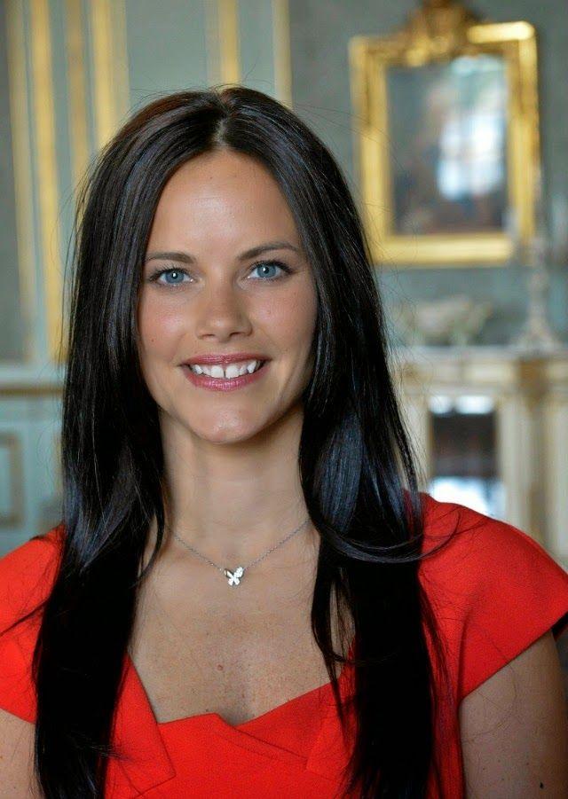 Prince carl philip and sofia hellqvist are engaged - Princesse sofya ...