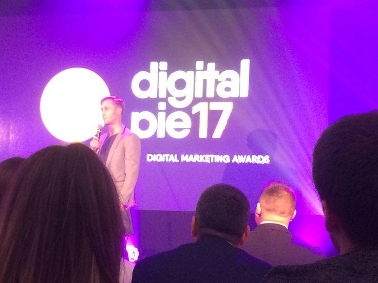Digital PIE 2017- Entercompany je medzi TOP 15 digitálnymi agentúrami  Vysoká efektívnosť oslovenia cieľovej skupiny digitálnym marketingom  Agentúra Entercompany sa zaradila na Slovensku medzi TOP 15 digitálnych agentúr a v kategórii Top Performance Agency je dokonca v top osmičke. Vyplynulo to z výsledkov prvého ročníka unikátnej súťaže digitálneho marketingu na Slovensku Digital PIE 2017.