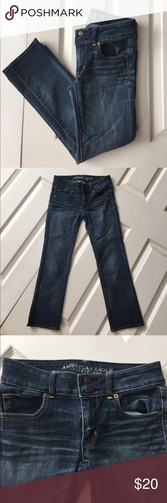 """AE Artist Crop Super Stretch Size 0 Regular. American Eagle Artist Crop Super Stretch Jeans. Inseam 24"""". Rise 7"""". Preowned and in good condition. Please view all 8 photos. American Eagle Outfitters Jeans Ankle & Cropped"""