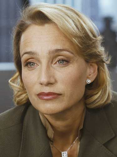 Kristin Scott Thomas - with her bone structure, generous mouth and those heavenly eyes and eyebrows, she doesn't really need make-up. SO beautiful!