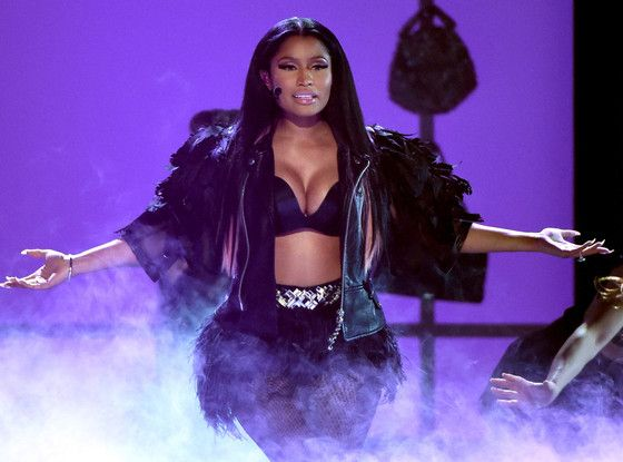 Nicki Minaj Twerks Like No One Is Watching During the 2015 Billboard Music Awards  Nicki Minaj, Billboard Music Awards 2015