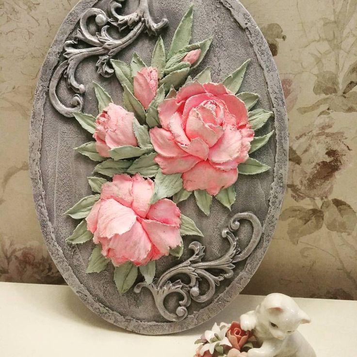 Совсем небольшое панно с розами,#скульптурнаяживопись#объемныерозы#декоративнаяштукатурка#хендмейд