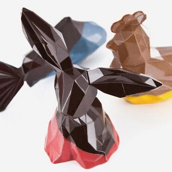 #Omg look at this geometrical #Chocolate. Only in #Paris