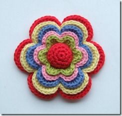 Crochet flower.  Free pattern from Sols(tr)ikke.  Beautiful colour combination.  Many thanks for sharing. x