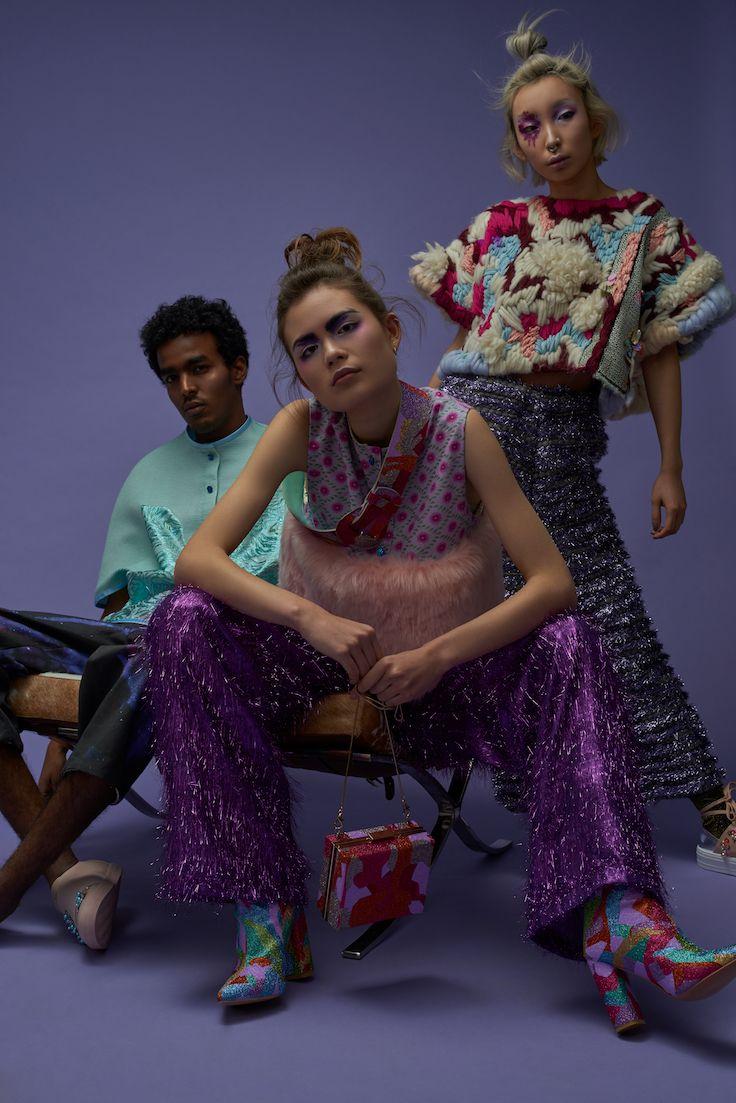 FLESH - Kimmie and Malin Take New York // AW 17/18 // Photographer : Oktawian Górnik // Photo assistant : Tymoteusz Tymek // MUA + hair : Marte Oestensen // Assistant : Mona Moore // Model : Sofia Heggelund // Model : Nasir Hashid // Model : Tiffany Le