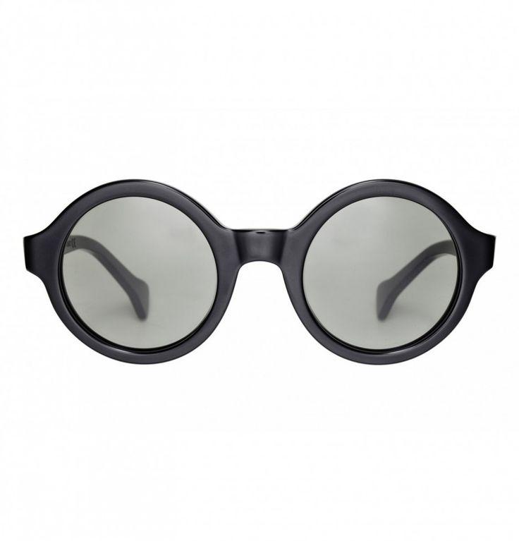 SUNGLASSES €165.00 Saturnino Eye Wear