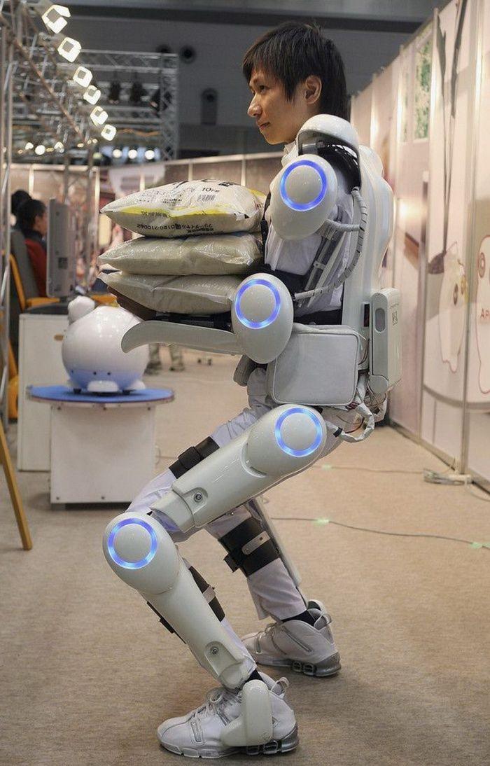 Exoskeleton - Incredible Futuristic Gadgets that Actually Exist [Exoskeleton: http://futuristicnews.com/tag/exoskeleton/]