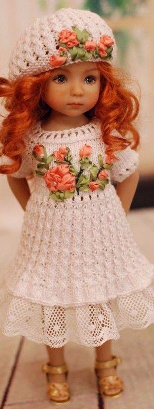 Effare jolie rousse poupée