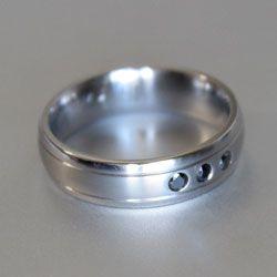 titanium ring with black diamonds