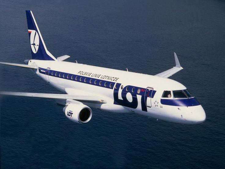 Embraer175.jpg (900×679)