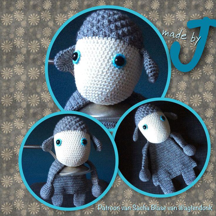 Lammie uit het boek gehaakte lappenpoppen. Pattern from A la Sacha