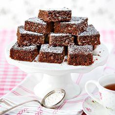 Baka glutenfria brownies med mumsig kokos.