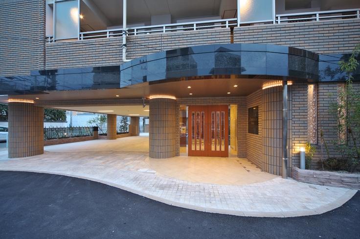 アルバガーデン長尾 福岡市城南区 エントランスアプローチ