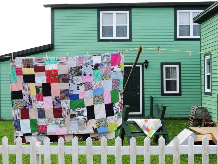 Quilts. Cow Head, NL