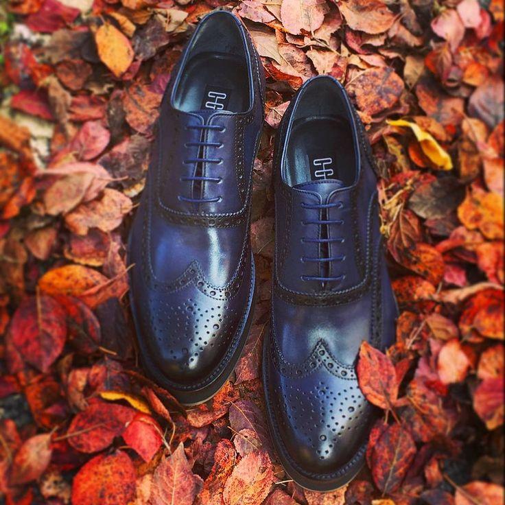 %100 deri OGGI ROYAL S ile hızlı ve sert adımlarla sonbahara keskin bir geçiş. #oggi #shoes #royal #royalshoes #autumncolors #autumn http://bit.ly/1NmXD2h
