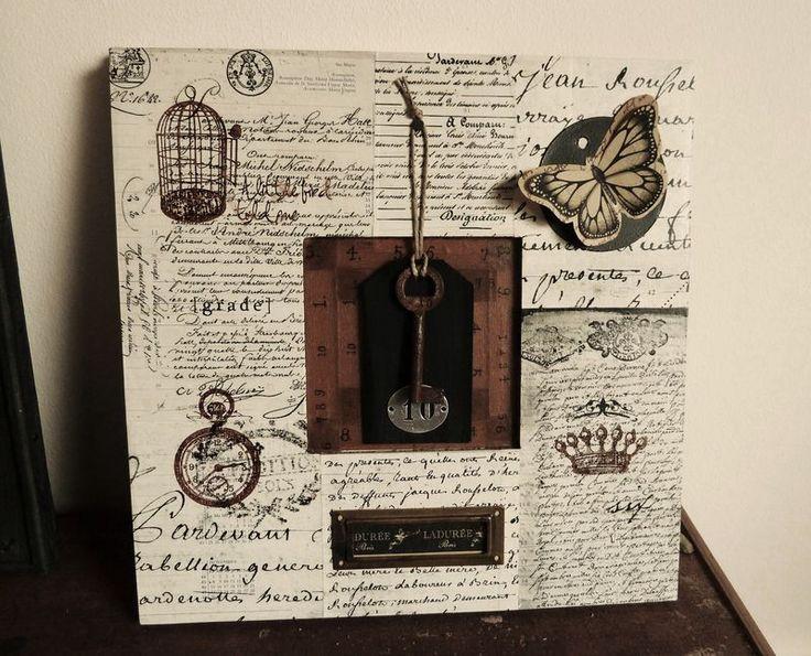 """Composition sur cadre bois """"clef"""" - Photo de Peinture et cadres - L'Atelier de Drine"""