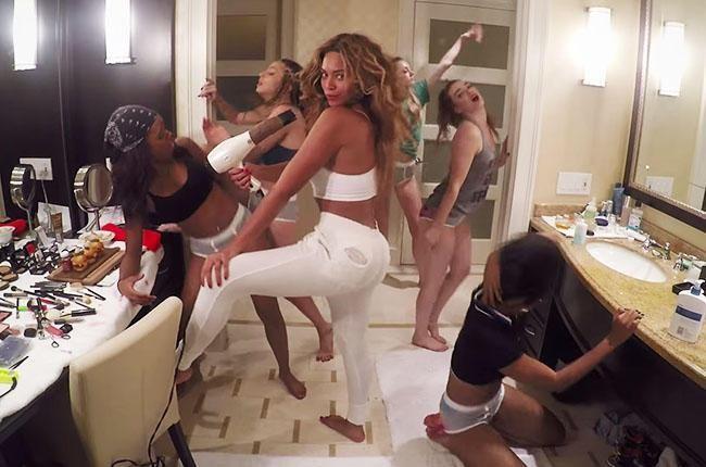 """Wave your hands side-to-side for @DJMustard's red-hot remix of @Beyonce's """"7/11"""" http://blbrd.cm/engCnL"""