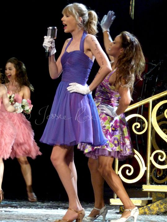 Taylor Swift - Speak Now Tour Sydney 2012