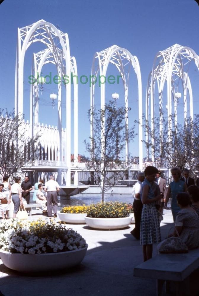 Slide Photo Expo 1962 Seattle World's Fair View of  Science Center Sculpture B