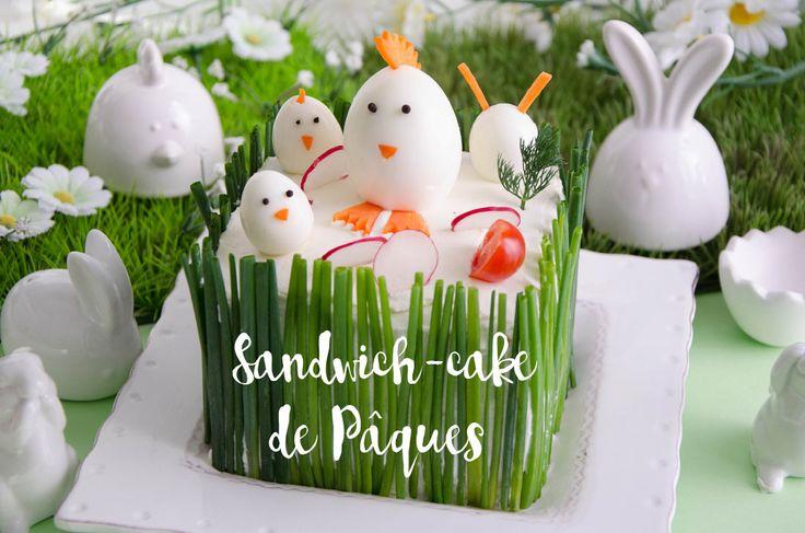 Sandwich-cake de Pâques au saumon, recette originale du plus bel effet en arrivant à table. A la découpe, on trouve les tranches de saumon fumé et concombre