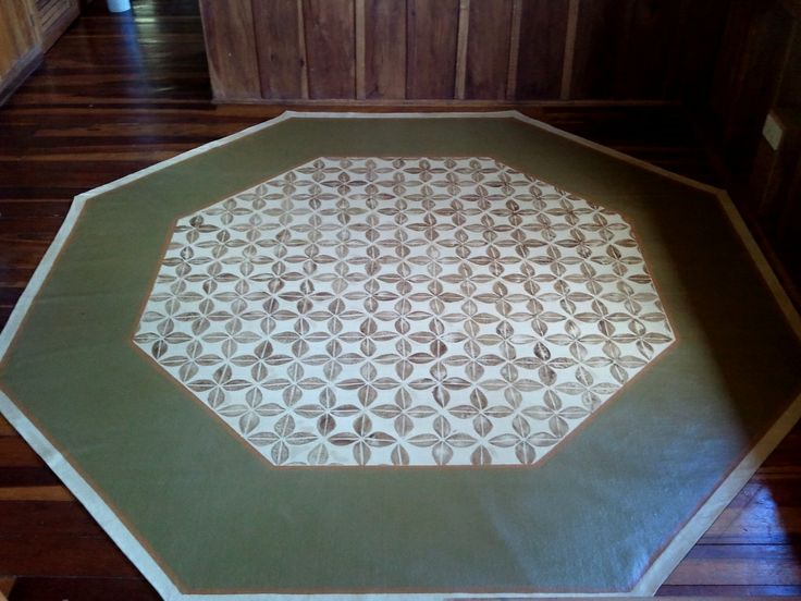 This Is An 8 Ft X 8 Ft Octagon Area Rug, An Interesting Alternative For