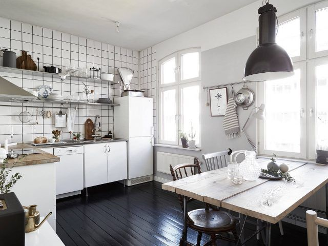 Small Bright Scandinavian Apartment With A Nice Pop Of Colour - Gravity Home