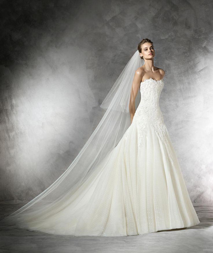 Sleeveless+Sweetheart+Court+Train+Tulle+A+Line+Wedding+Dress+Apr0202