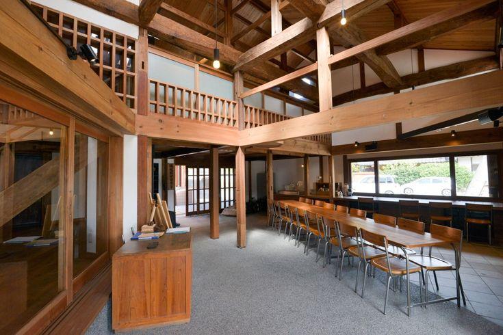 島前高校魅力化プロジェクトのもと、竣工された島の公立学習塾「隠岐國学習センター」。教育と地域のひとづくりについて、豊田庄吾さんにお話をうかがいました。