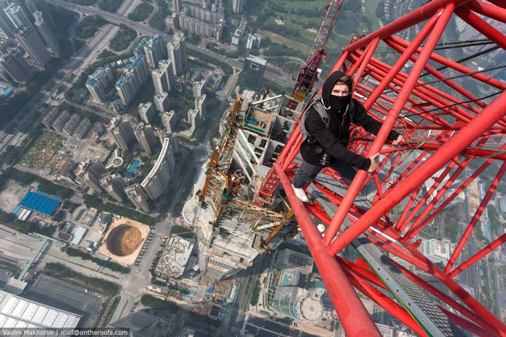 Watch Globetrotting Daredevils Climb the Tallest Building in China ...