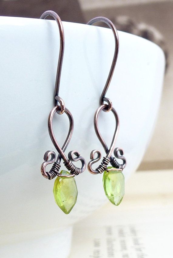 Green Peridot Copper Wire Earrings.