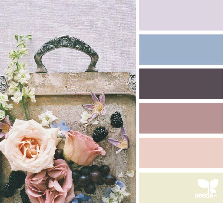 Rosa Cuarzo, que pertenece al tono de Pantone,13-1520 con un toque romántico, suave e inocente. El azul Serenity, viene del tono: 15-3919. Empolvado, azul hortensia, transmite calma, serenidad y suave paz. En cuanto a la pintura, usamos la forma de medida de la marca Pantone, empresa Americana, creadora del Pantone Matching System, es un sistema …