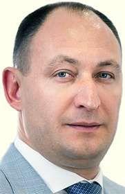 Альберт Альфатович Суниев — российский бизнесмен и управленец