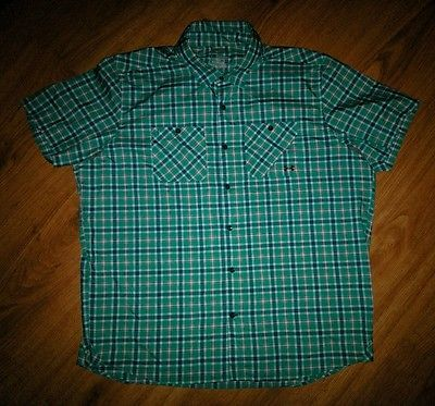 Men's UNDER ARMOUR Heat Gear Loose Blue Teal Plaid Shirt Size XXL 2XL Vented