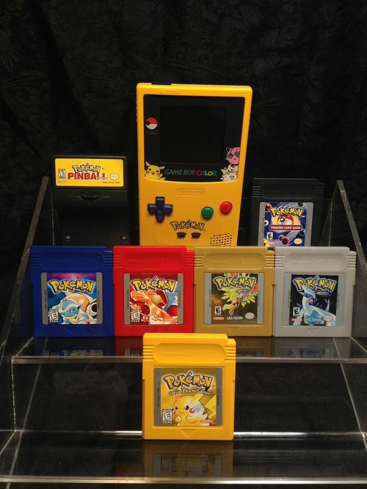 Pikachu Game Boy Color and 7 Pokemon Games, Yellow, Red, Blue, Silver, Gold...