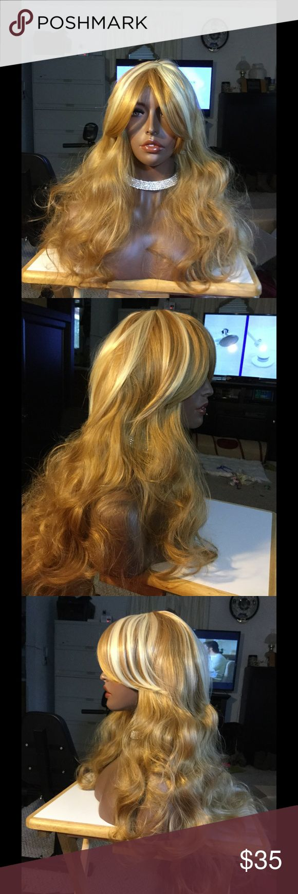 Gorgeous highlighted long curly wig Gorgeous long curly highlighted strawberry blond synthetic wig Accessories Hair Accessories