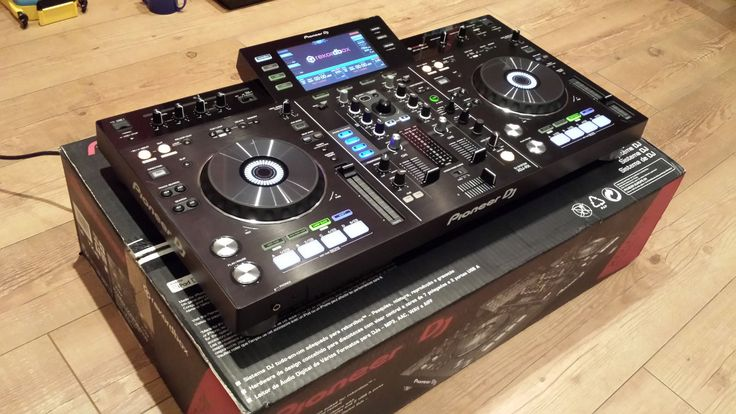 900,00€ · Pioneer xdj rx rekordbox · Nos especializamos en una amplia gama de modelos de instrumentos musicales como el Controlador de DJ, piano, batería, Reproductor de CD, altavoces, mezcladores, platos y muchos más a precio muy competitivo con accesorios completos.    DJ SETS:  Pioneer DJ CDJ-2000 Nexus Set: 2x CDJ-2000 Nexus, 1x DJM-900-NXS, 1x HDJ-1500-K……2500 EUR   Pioneer DJ set DJM-900NXS2 Mixer + 2x CDJ 2000 NXS2........3500 EUR   Pioneer CDJ 900 Nexus Set: 2 x CDJ 900 NXS, 1 x DJM…