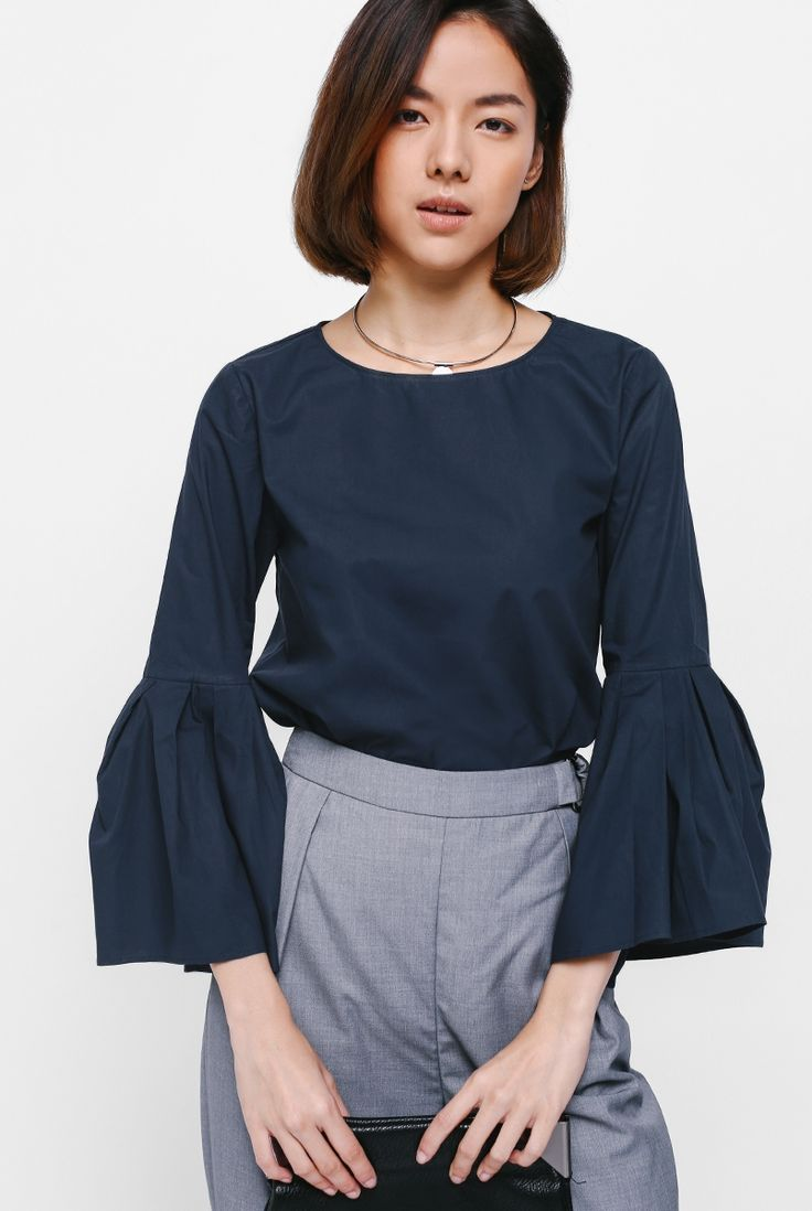 Amieva Bell Sleeve Top - Love, Bonito