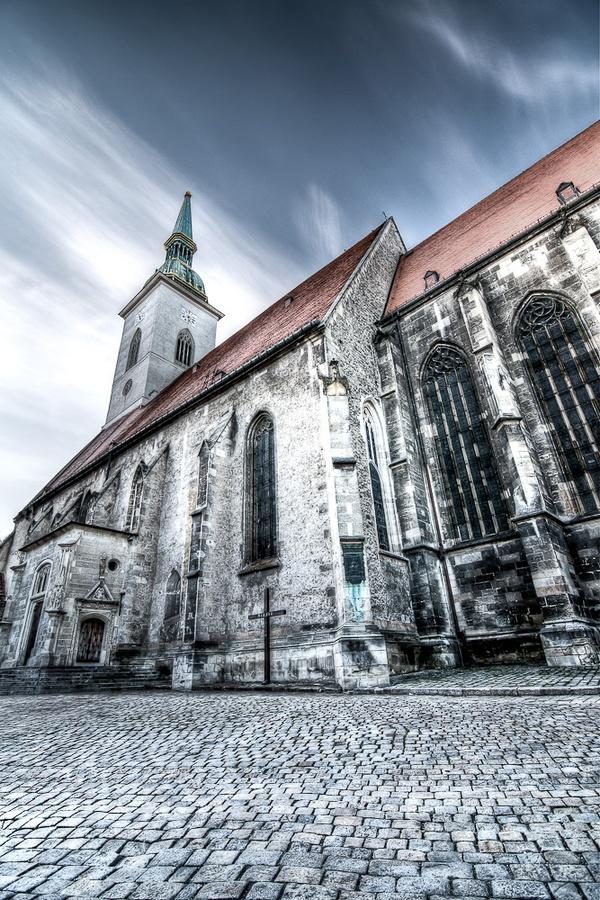 St. Martin Cathedral #Bratislava #Slovakia #Cathedral by Vicktor Belicak, via 500px