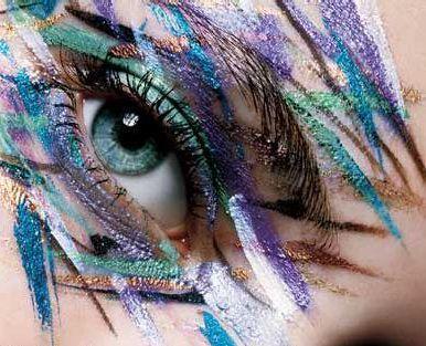 ....Awesome eye makeup!