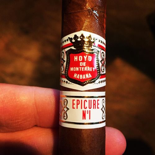 Now smoking @hoyocigars #hoyodemonterrey #CigarsForTheWin...