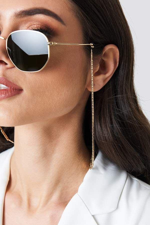 Na Kd Accessories Curb Sunglass Chain Gold | Modelos de oculos feminino,  Corrente para oculos, Óculos feminino