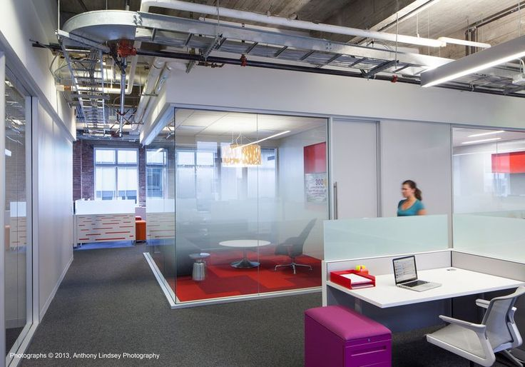 Lithium Offices in San Francisco- we spy an enclave with an SW_1 Lounge by Coalesse.