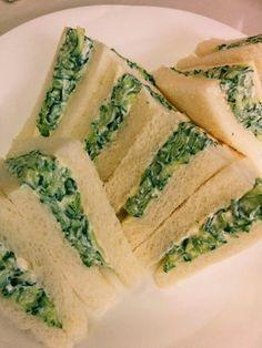 キュウリとクリームチーズのサンドイッチ by mariran [クックパッド] 簡単おいしいみんなのレシピが270万品