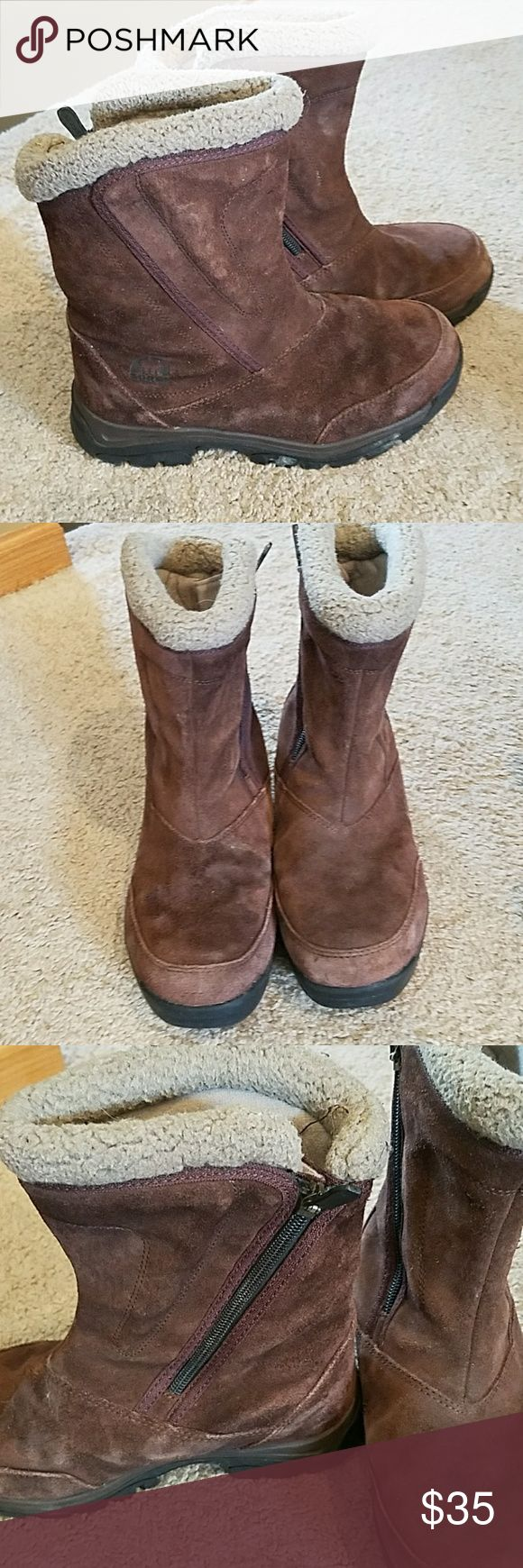 Selling this Sorel thinsulate insulation on Poshmark! My username is: karabrathol. #shopmycloset #poshmark #fashion #shopping #style #forsale #Sorel #Shoes